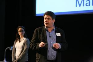 Daryl Hatton, CEO of FundRazr, presenting at BCTIA Demo Day copy